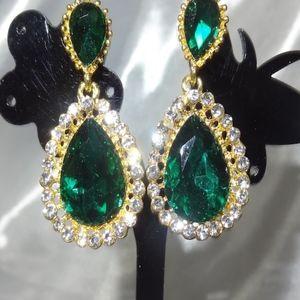 Gorgeous Emerald Green Dangle Earrings